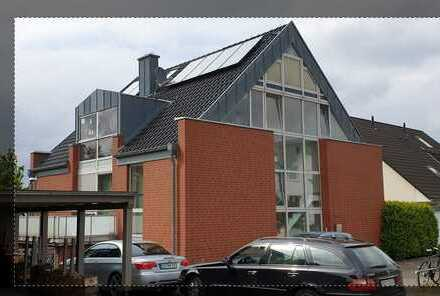 Helle 4-Zimmer-Maisonette-Wohnung mit Balkon und EBK in Bovenden