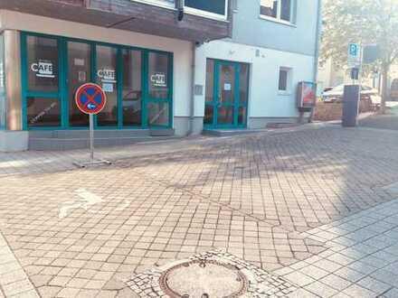 Geschäftsräume in Nußloch - Provisionsfrei - ideal für Eisdiele/ Pizzeria/Büro/Schnellrestaurant/