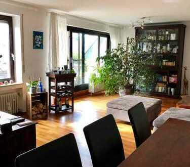Helle freundliche 4-Zimmer-Wohnung mit Balkon in Elchingen - Thalfingen