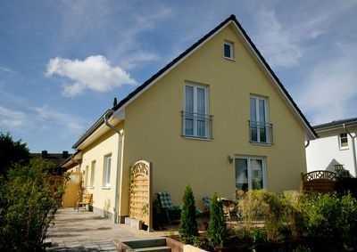 Kompaktes Haus mit viel Platz zum attraktiven Preis! Natürlich Massiv! Bauen mit Elbe-Haus®!