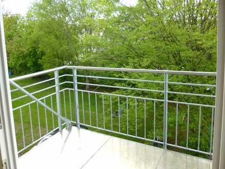 freundliche 2-Zimmer-Wohnung mit Balkon nähe Messegelände