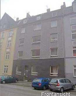 2 Eigentumswohnungen mit Balkon in einem Haus zu verkaufen