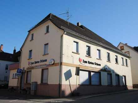 """Restaurant """"Zum Roten Ochsen"""" + Wohnung + Saalbau + Kegelbahn"""