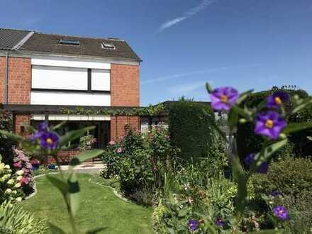 Reihenendhaus mit Traumgarten, separater Einliegerwohnung und Wohnraumreserve