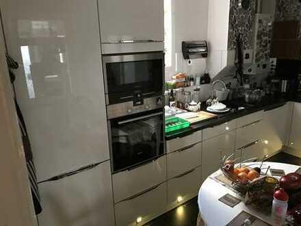 1.300 €, 70 m², 3 Zimmer