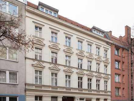 Sanierter Altbau! 3-Zimmerwohnung in toller Lage in Neukölln (VH 1. OG rechts)