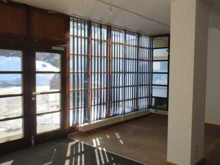 Büros+Halle für Lager (Hochregallager) oder für Kleinmontage