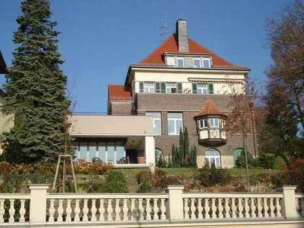 ...genialer Blick,.. top modern, ...exklusive Villa