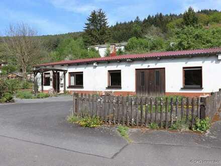 Wohnhaus mit großer Garage-Ideal für Handwerker!