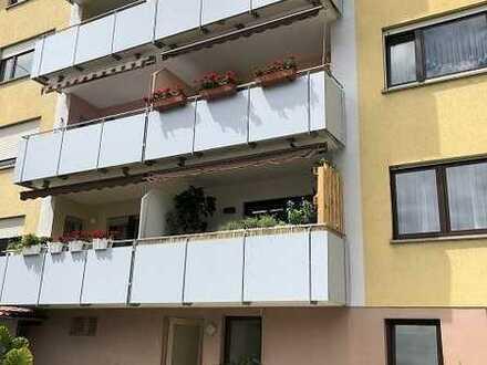 **Helle 3 Zi.-Wohnung mit Balkon und sehr guter Raumaufteilung in KA-Durlach**