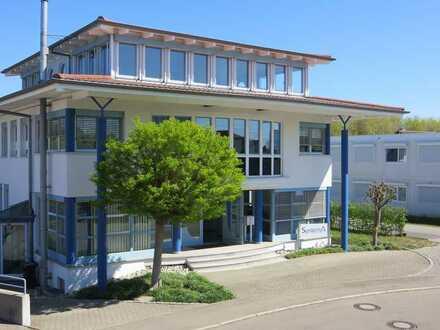Multifunktional verwendbares und verkehrsgünstig gelegenes Bürohaus