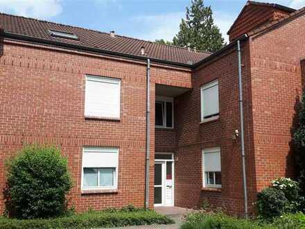 reserviert! 2-Zimmer-Wohnung mit Balkon und EBK in Gronau (keine Provision!)