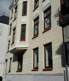 4 1/2 - Zimmer - Wohnung in Hochparterre