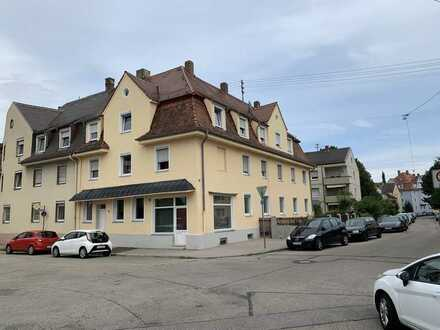 KNIPFER IMMOBILIEN - Mehrfamilienhaus mit Laden in Augsburg-Pfersee zum Kauf!
