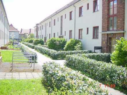 neurenovierte Wohnung im ruhigen Wohnumfeld