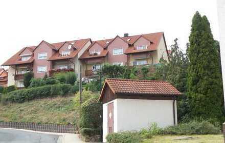 ==2.Zimmerwohnung mit Balkon, Garage und super Blick im Grünen==