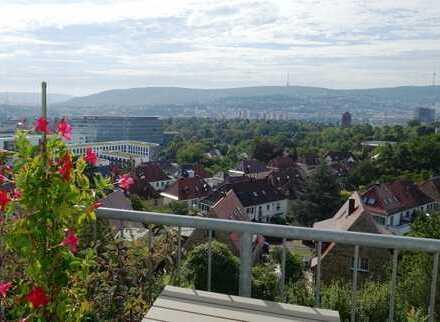 Toplage Killesberg -- attraktive Wohnung mit grandiosem Blick auf Stuttgart