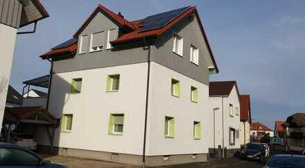 Gepflegte Maisonette-Wohnung mit fünf Zimmern sowie Balkon und Einbauküche in Heusenstamm