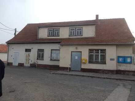 Einfamilienhaus mit Gewerbefläche in Frienstedt Ortslage
