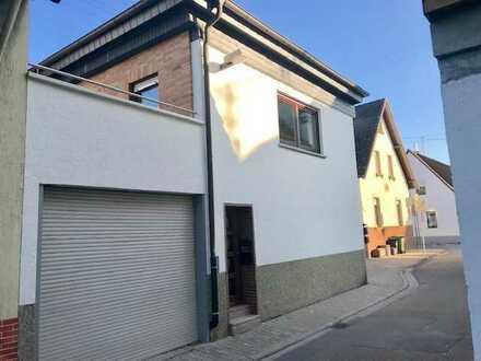 Schöne 3-Zimmer-Wohnung im 1.OG in kleinem Einfamilien-Häuschen in guter Lage in Eppelheim
