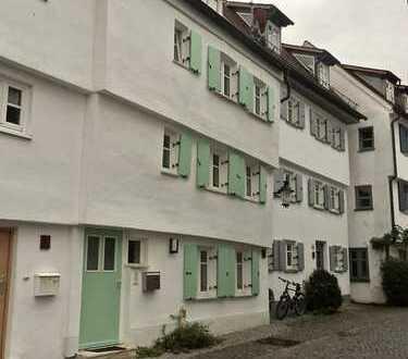 Malerisches Stadtmauerhaus: Mitten in der Günzburger Altstadt und trotzdem auch für Pendler ideal