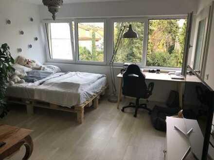 Wunderschönes helles WG Zimmer in 65 qm Wohnung