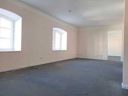 AB SOFORT - Komfortable 2-Zi-Wohnung in Traben mit Aufzug
