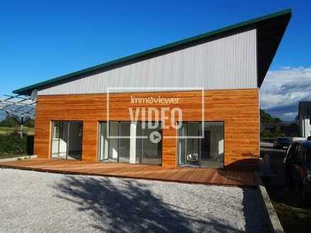 * Modernes Büroanwesen mit Photovoltaikanlage *
