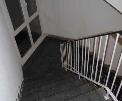 H16E5(1|2) UNI-nah gelegenes WG-Zimmer in 2er WG-Whg. im 1. OG. Ecke Berthold-Beitz-Boulevard / Klei