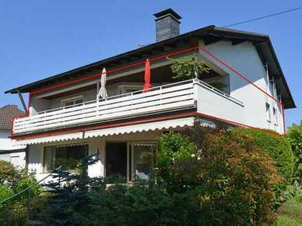 Hennef-Toplage: Sehr ansprechende 3-Zimmerwohnung mit großem Balkon