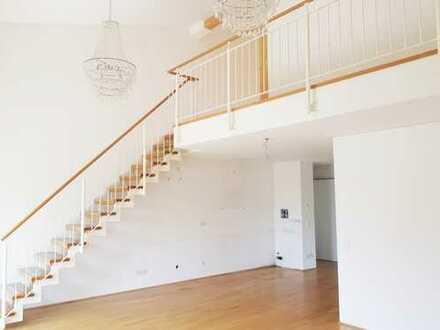 Sehr moderne Bauweise! Helle 4 Zimmer Maisonett-Wohnung mit Süd-Balkon, Parkettboden und TG Platz!