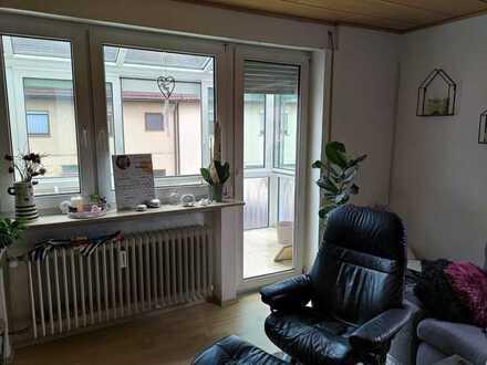 600 € - 86 m² - 4.0 Zi.