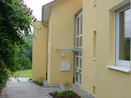 Attraktive Maisonette-Wohnung mit Dachterrasse, Balkon und Garten, ruhig gelegen im Mäuerach
