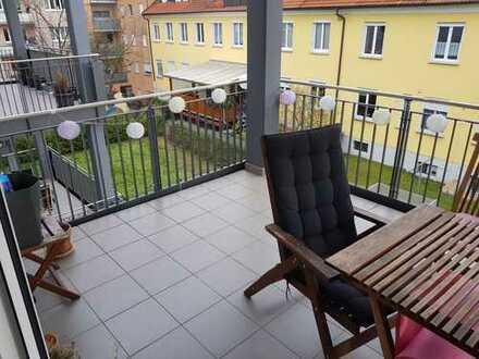 Moderne 2-Zimmer-Wohnung mit großem Balkon und EBK in zentraler Lage in Bamberg