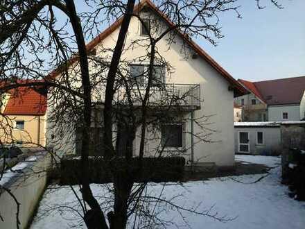 Für 5-6 Monteure gr. EFH in Kösching