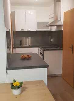Stilvolle, vollständig renovierte 1-Zimmer-Wohnung mit Einbauküche in Hagsfeld
