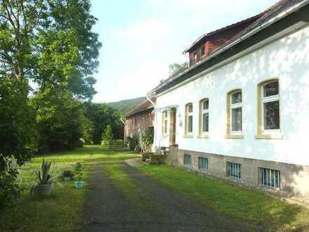 Ehemaliges Forsthaus mit acht Zimmern und drei Nebengebäude in Göttingen (Kreis), Hannoversch Münden