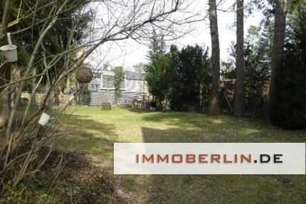 IMMOBERLIN: Feine Lage! Großzügiges Baugrundstück in See- & Waldnähe