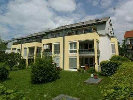 4-Zi.-Maisonette-Wohnung mit sonnigem Balkon + zwei Badezimmern...