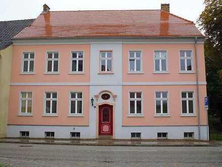 *Sanierte gemütliche Erdgeschosswohnung*
