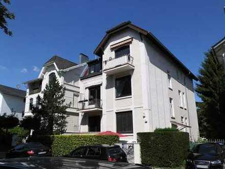 Traumhafte 3-Zimmer Wohnung mit 2 Balkonen in Blankenese