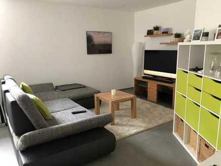 Schöne, neuwertige 2,5-Zimmer Einliegerwohnung, 64qm in Renningen