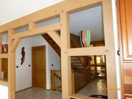 Einfamilienhaus mit ausgebautem Keller und Doppelgarage in Strausberg Stadt