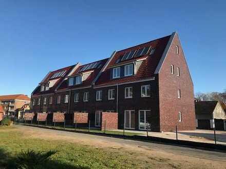 Neubau-Erstbezug! Schicke Stadthäuser im Reihenhausstil im Zentrum von Bad Bramstedt