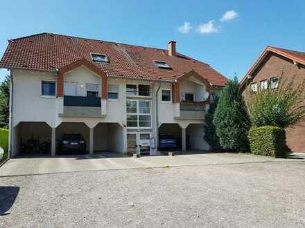 Helle Dachgeschoss-Wohnung mit WOHNBERECHTIGUNGSSCHEIN