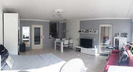 Wunderschönes, vollmöbliertes Appartment mit großem Balkon, elegantem Bad und schicker Einbauküche!