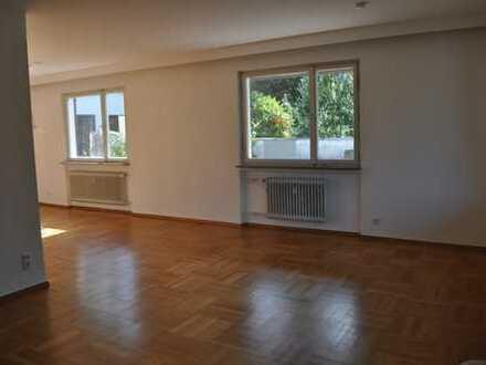 Schöne 3,5-Zimmer-Wohnung mit Dachterrasse und toller Aussicht in Bad Liebenzell