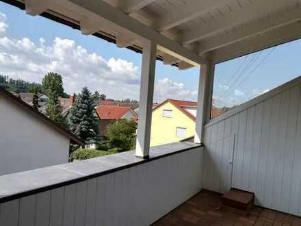 3-Zimmer-Wohnung mit Balkon/Loggia und Einbauküche in Bodenseekreis