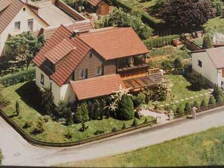 Einfamilienhaus mit schönem Garten in Reutlingen-Altenburg in bevorzugter ruhiger sonniger Wohnlage