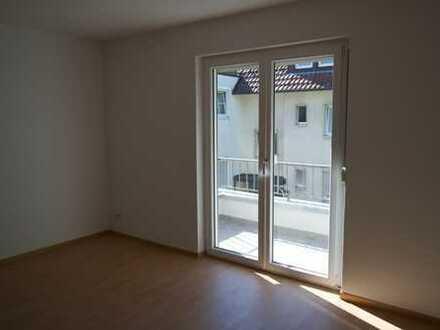Gepflegte 3-Zimmer-Wohnung mit Balkon und EBK